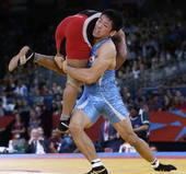 奥运图:男跤66公斤级日本夺冠 比赛中