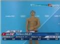 央视跳水解说聊天被直播 称外国选手变态引争议