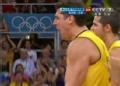 奥运视频-桑托斯跃起拦网得分 巴西VS俄罗斯