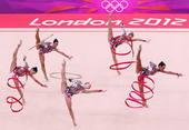 奥运图:艺术体操团体俄罗斯卫冕 意大利队表演