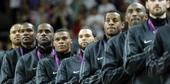 奥运图:男篮颁奖巨星狂欢 美国男篮队员