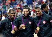 奥运图:男篮颁奖巨星狂欢 三大控卫