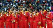 奥运图:男篮颁奖巨星狂欢 西班牙队获得亚军