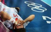 奥运图:男子手球克罗地亚获得铜牌 受伤倒地