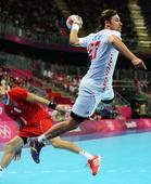 奥运图:男子手球克罗地亚获得铜牌 过人进攻