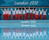奥运图:男子水球克罗地亚夺冠 克罗地亚队举手