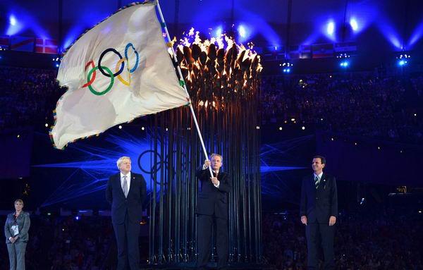 奥运图:各国政要现身闭幕式 奥委会主席罗格