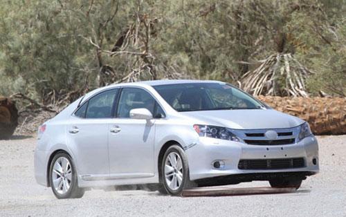 丰田氢气燃料电池汽车曝光 2015年将上市高清图片