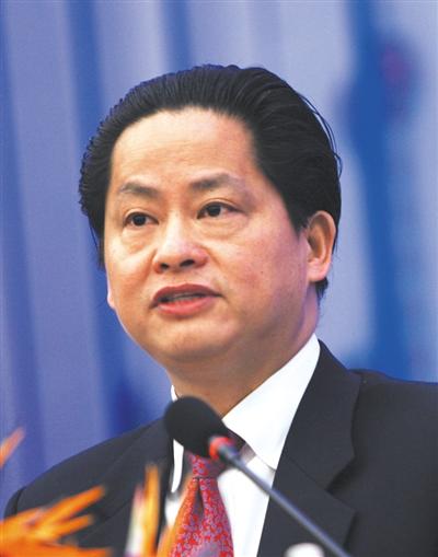 章晟曼:曾任世行常务副行长