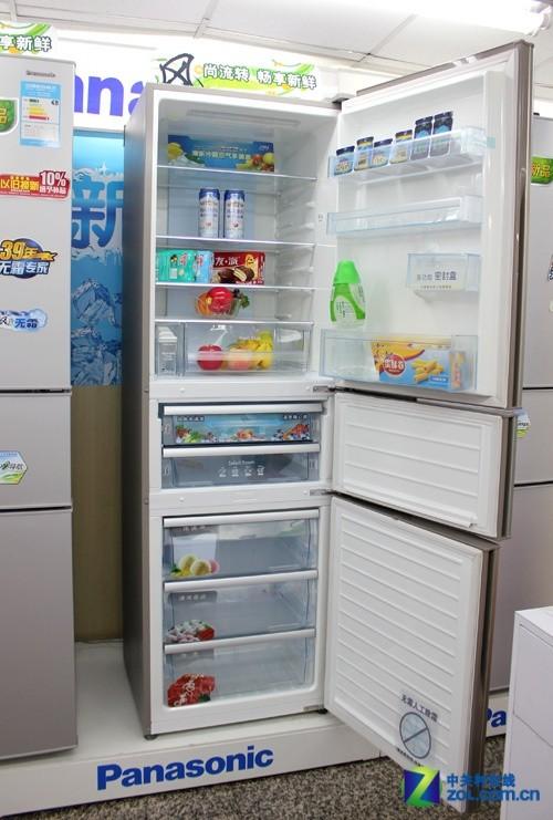 双层变温抽屉 松下三门冰箱6499元热销