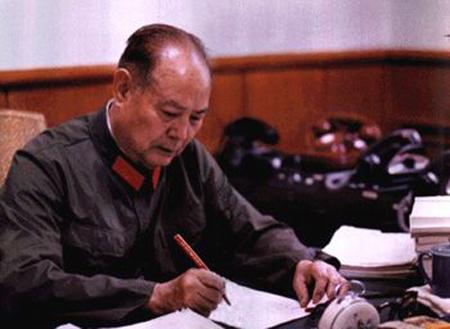 逵_1935年10月,中央红军主力到达陕北吴起镇时,宁夏马鸿逵,马鸿宾的