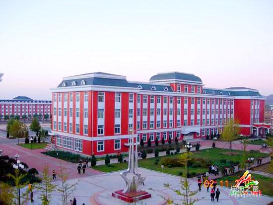庄河高级中学-知名中学盘点 辽宁省重点中学介绍图片