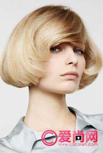 v短发短发打造时尚烫发发型a短发的短发(1)_大气齐下巴中分短发图片