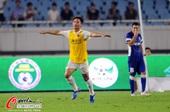 图文:[中超]舜天1-1申鑫 王赟庆祝