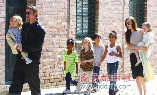 皮特朱莉与孩子们