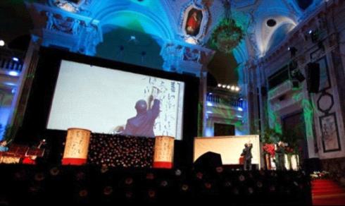 李斌权在2011维也纳皇宫中国书法音乐会书写《春江花月夜》