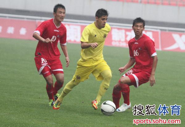 幻灯:朝鲜潍坊杯决赛激战 大将染红潜水艇夺冠
