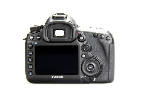 对焦、连拍均有提升 佳能5D3单机21500元