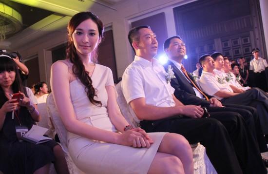 李宗瑞的肉棒_吴亚馨卷入李宗瑞事件 揭台湾\