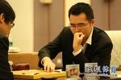 图文:衢州-烂柯杯决赛 柁嘉熹落子瞬间
