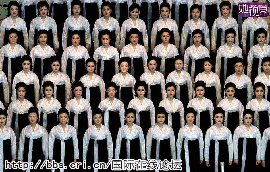 白富美/出现在世界视野里的朝鲜女性,大多是文艺表演者。