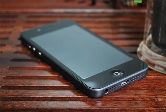 与iPhone5同步发售 国产山寨四核谷蜂i5曝光