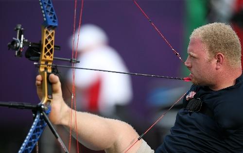图文:2012残奥比赛赛况马特在射箭中板球汽枪连发结构图图片