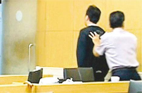 给李宗瑞��.�9il��+�,_组图:李宗瑞迷奸案新证给女星喂药再施暴