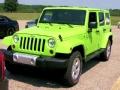 惊现荧光色豪气大越野 Jeep牧马人撒哈拉