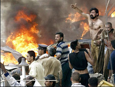 9日,伊拉克首都巴格达又发生3起汽车炸弹爆炸事件。