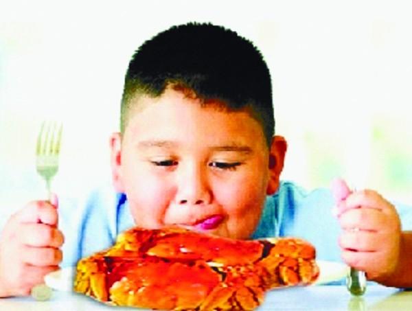 寻找第一个吃视频的人(图)螃蟹鬼性食图片