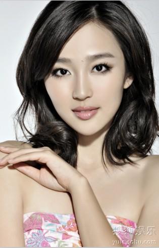 金子美惠写真露b_张琳爆光性感写真 《长白山下我的家》崭露头角