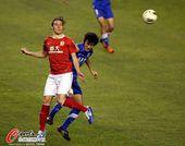 图文:[中超]阿尔滨0-0恒大 克莱奥在比赛中