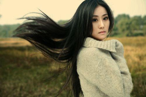 2011年《背后》饰 苏嘉丽 (合作演员:徐翠翠傅天骄)   2011年