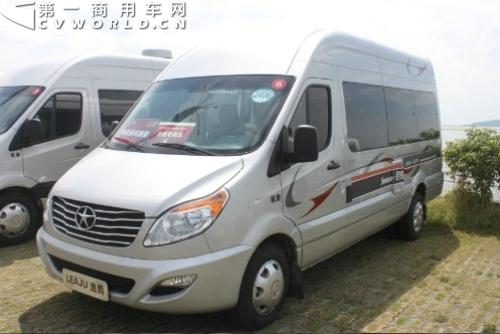 亚洲地区最大的房车改装和生产公司中欧房车,也发布了采用江淮星锐5系
