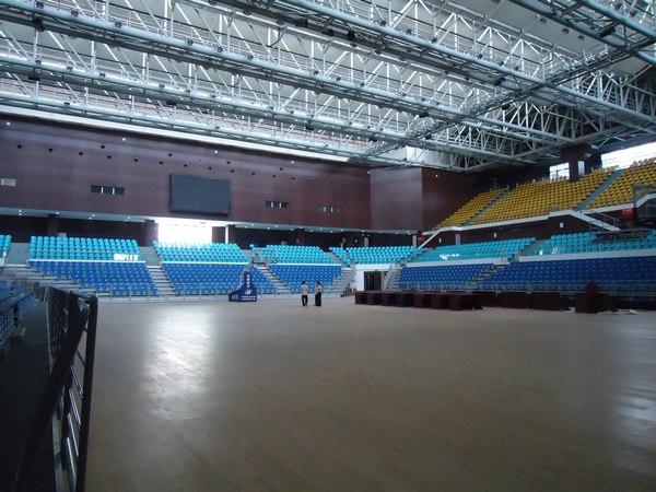 广州黄埔体育中心体育馆内观