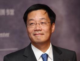 汪朝光  中国社会科学院近代史研究所研究员、副所长。代表作有《中华民国史》第四、十一卷,《中国近代通史》第六、十卷,《1945-1949:国共政争与中国命运》等。