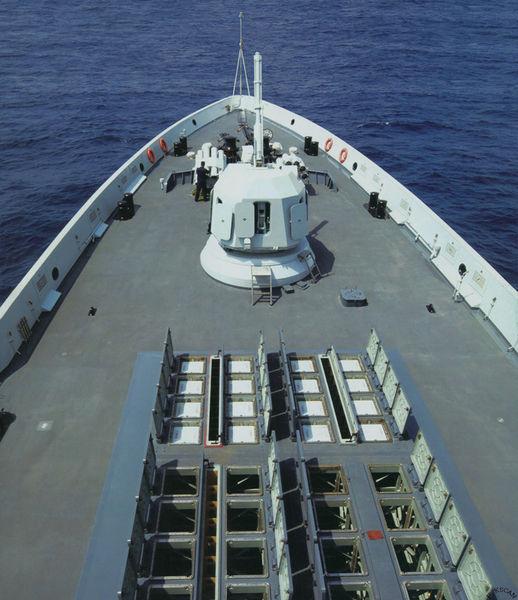 资料图:中国海军驱逐舰上装备世界最强的垂直发射系统。
