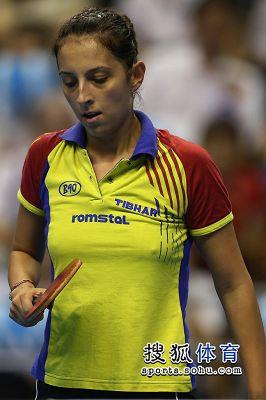 图文:女乒世界杯决赛赛况 萨马拉遗憾