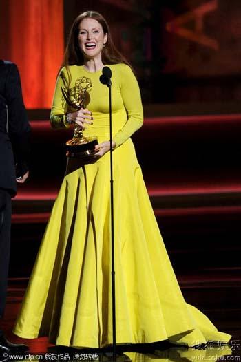 朱莉安-摩尔的表演征服了美国观众