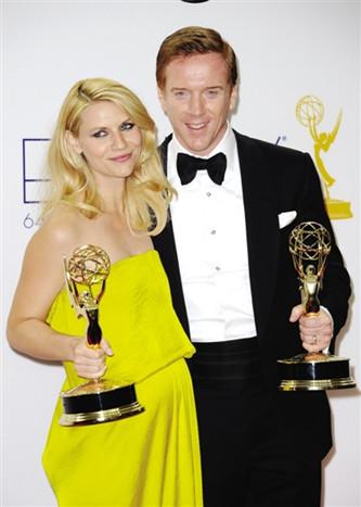 《国土安全》男女主角戴米恩・刘易斯与克莱尔・丹尼斯双双获奖
