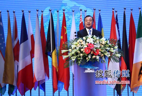 中共扬州市委书记、市人大常委会主任 谢正义