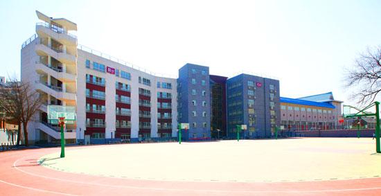 色校推荐 北京市第一六六中学图片