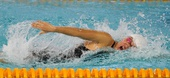 图文:全国游泳锦标赛 庞佳颖在比赛中