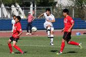 幻灯:泰达预备队3-3辽足 年轻球员拼抢互不相让