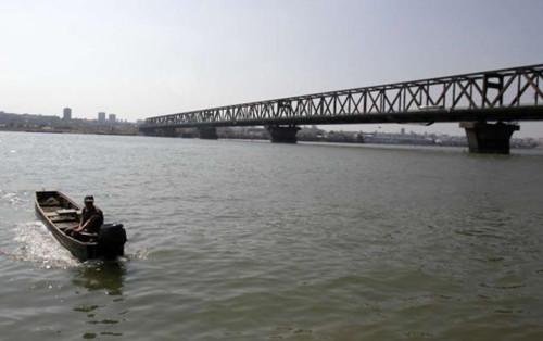 庞色沃桥是流经贝尔格莱德的多瑙河河段上唯一的一座桥,它也因此成为热门的自杀地点。