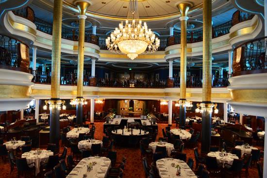 歌剧院正餐厅带给你欧洲皇室般的享受