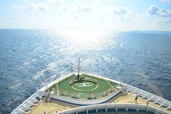 海洋航行者号船头风光无限