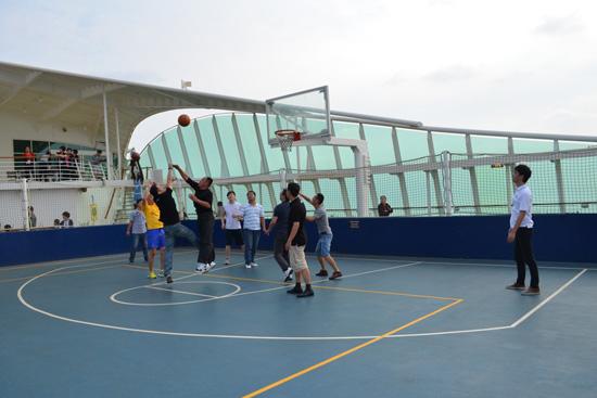海上篮球比赛