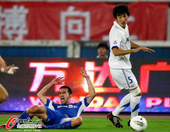 中超图:舜天3-2阿尔滨 晋鹏翔防守犯规